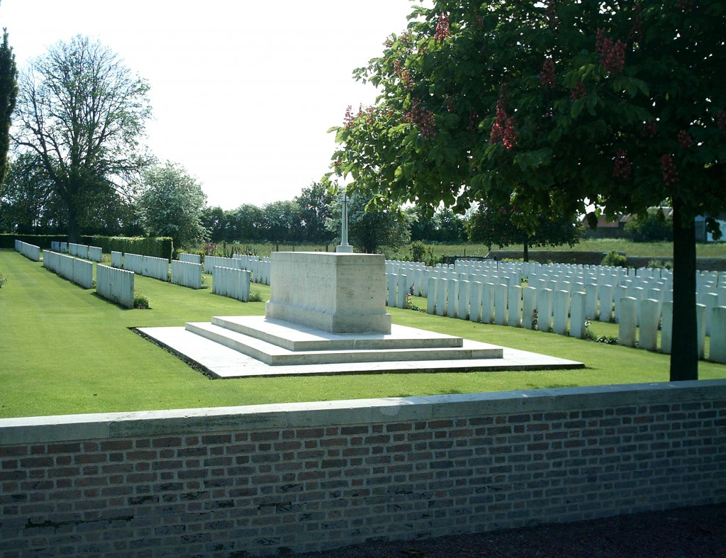 Busigny Communal Cemetery Extension, south-west of Le Cateau
