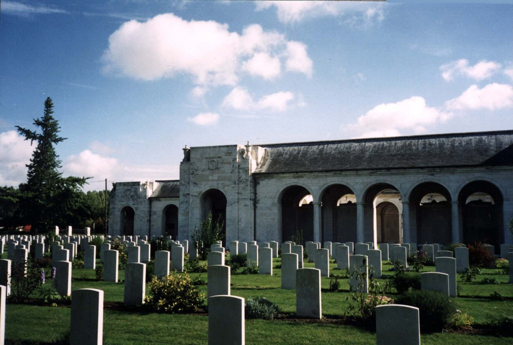 Le Touret Memorial on the Bethune-Armentieres road