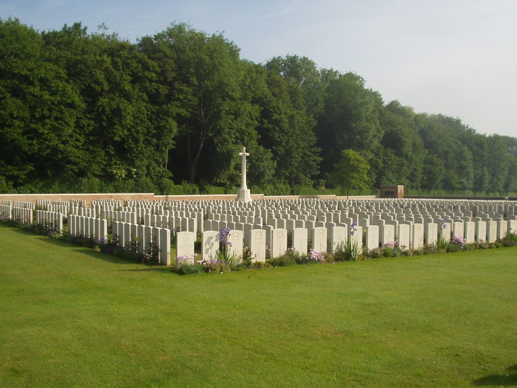 Tilloy British Cemetery, Tilloy-les-Mofflaines